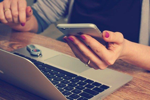 Mobil, počítač, informace